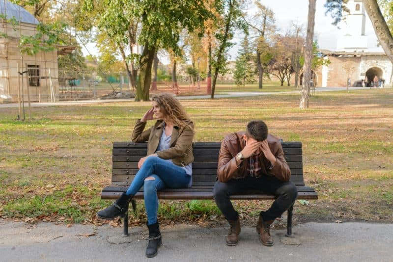 What are signs of negative energy - Negative relationships